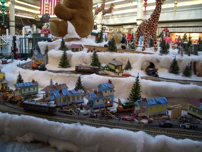 Lakeside Mall XMAS Village 5.jpg