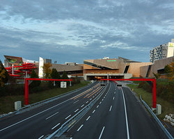 libeskind%20mall.jpg